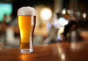 Mandatory minimums from juvenile past- Virginia DUI lawyer weighs in - Image of Glass of beer on a bar